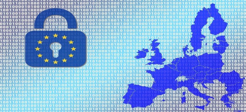 Immagine stilizzata dell'unione europea affiancata da un lucchetto come simbolo del GDPR